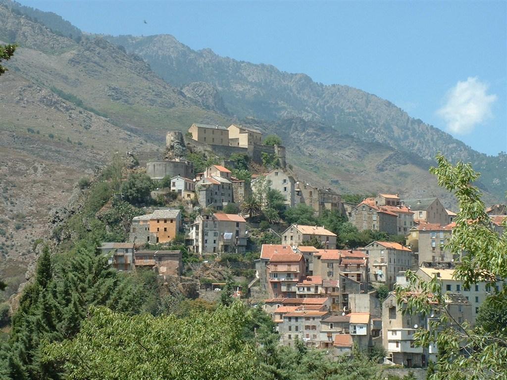 Divoká Korsika - perla Středomoří -  -