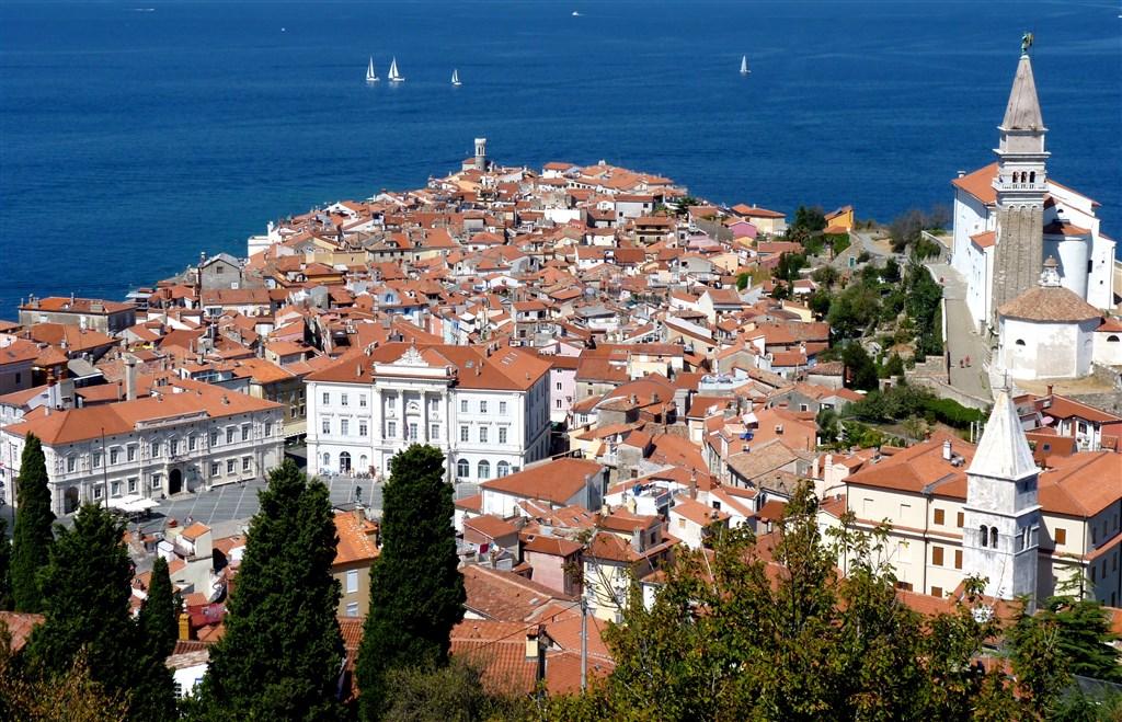 Toulky srdcem Slovinska s pobytem na jadranském pobřeží a návštěvou Plitvických jezer -  -