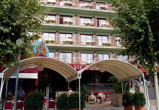 Hotel Checkin Garbí - Calella