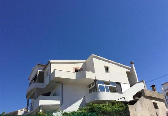 Primošten / Apartmánový dům Mladen - Dalmácie