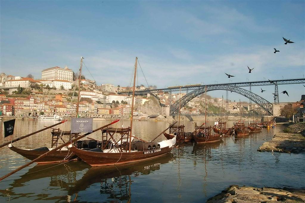 Portugalsko - země mořeplavců, vína a slunce - Portugalsko