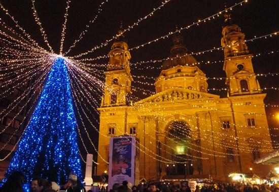 Advent v Budapešti a termály - Maďarsko
