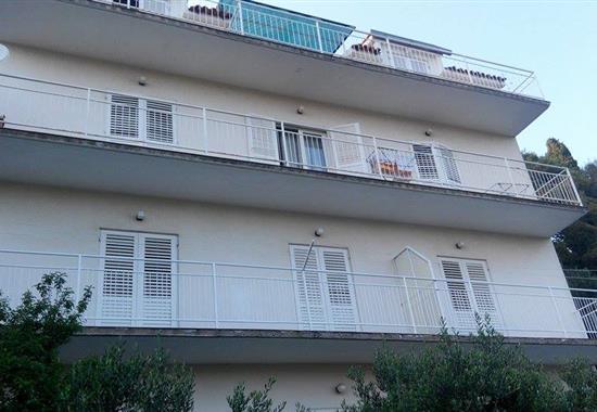Primošten / Apartmánový dům Vesna - Dalmácie