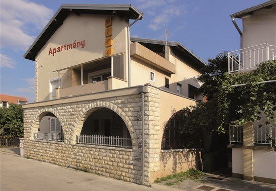 Vodice / Apartmánový dům Mile - Dalmácie