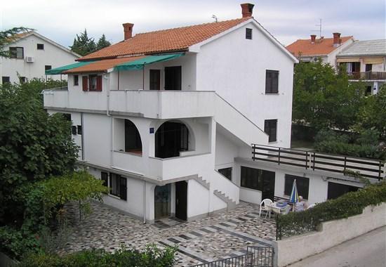 Krk - Apartmánový dům Žarko - Ostrov Krk