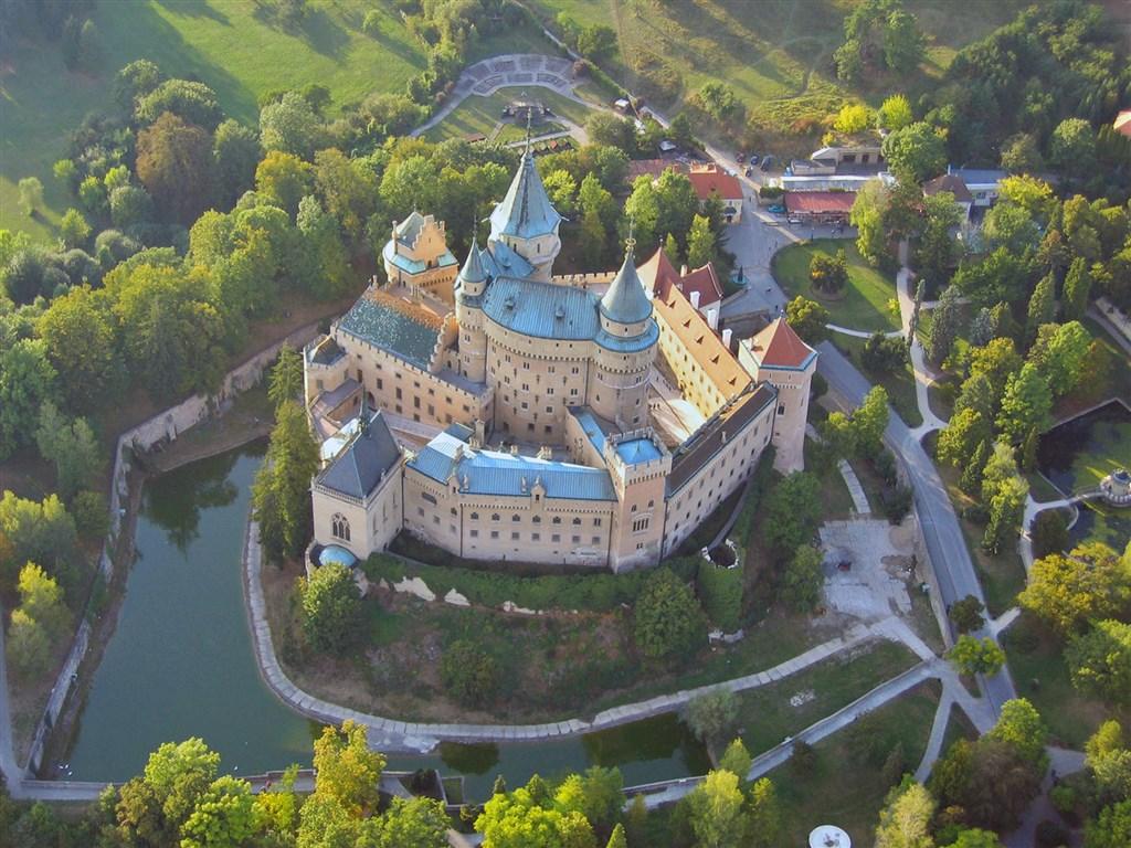 Z Bojnice za zlatem a stříbrem - Slovensko