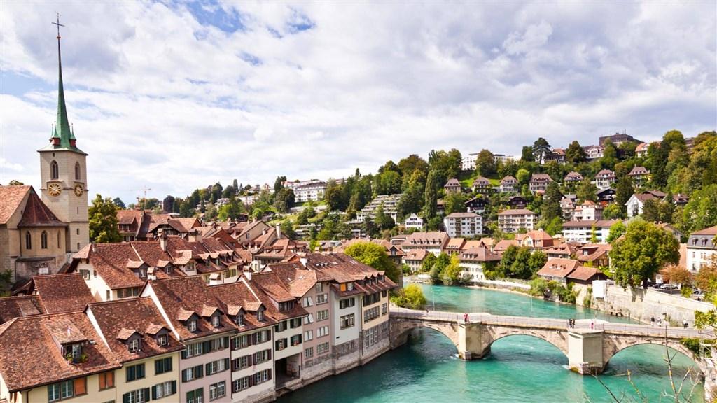 Nejkrásnější města, hory a jezera centrálního Švýcarska - Švýcarsko