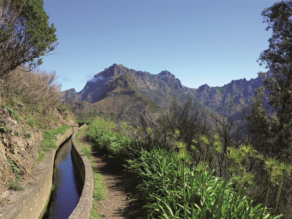 Exotická Madeira - květinová a turistická - Portugalsko