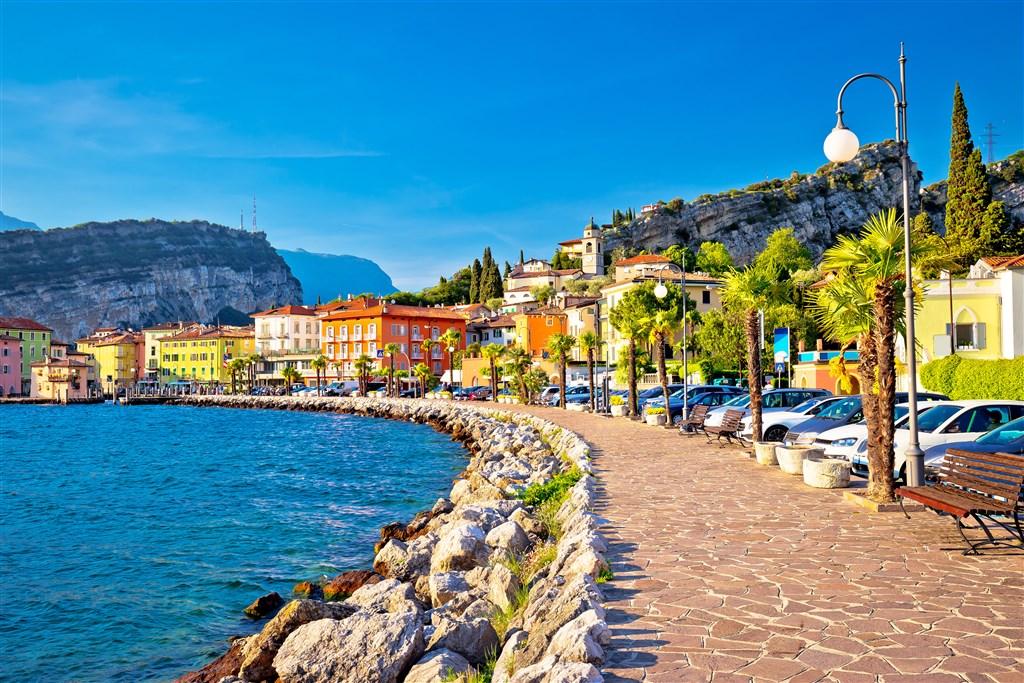 Za krásou alpských jezer - Itálie