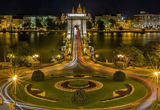 Lodí z Budapešti až do Dunajského ohybu - Maďarsko