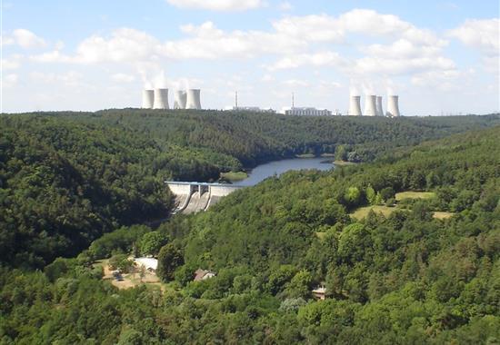 Elektrárna Dukovany, pivovar Dalešice a město Třebíč - Česká republika