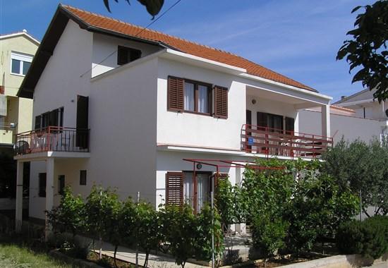 Vodice - Apartmánový dům Zdravko - Dalmácie