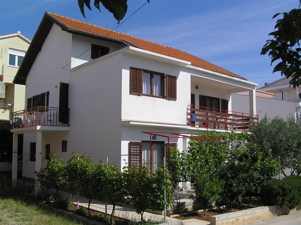 Vodice - Apartmánový dům Zdravko - Vodice