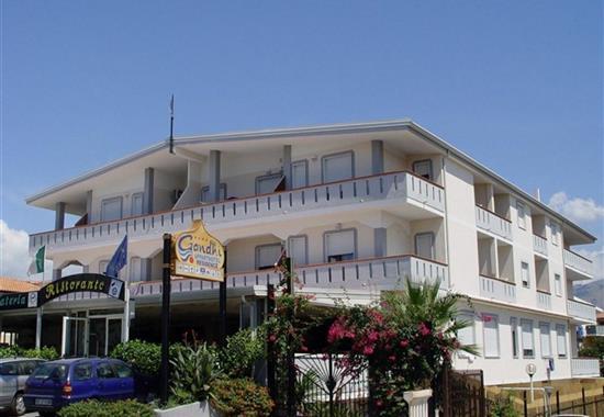 Gandhi (hotel) - Kalábrie