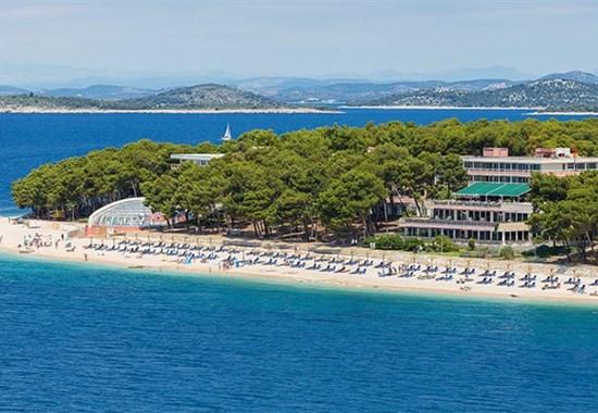 Primošten - hotel a pavilony Zora - Dalmácie