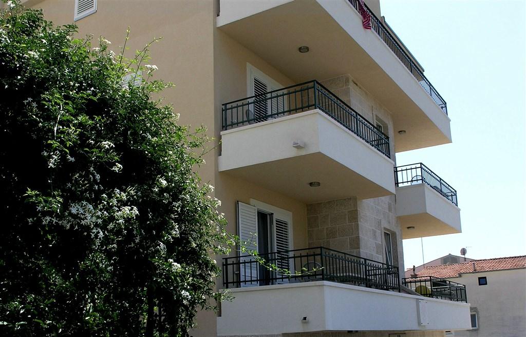 Podgora - Apartmánový dům Swiss - Makarská riviéra